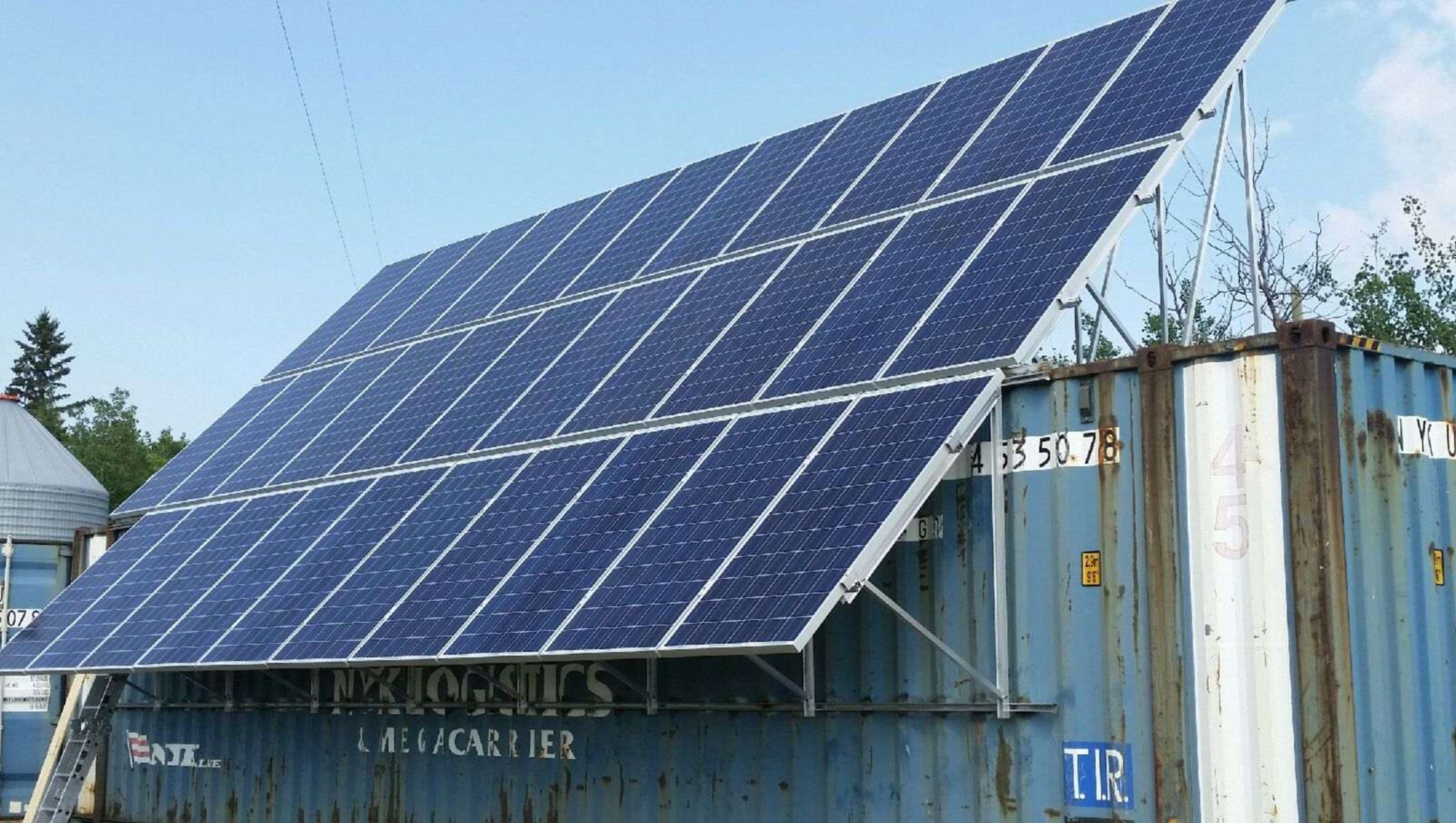 Solar power option for a sea container