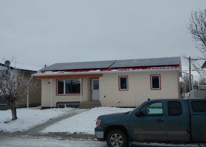Drayton Valley, Alberta Residence